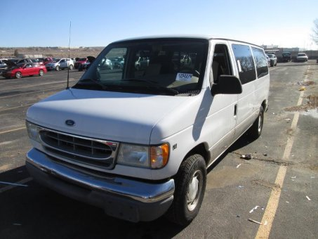 2002 Ford E150 WAGON V8