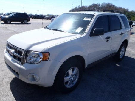 2010 Ford ESCAPE 4X4 V6 XLT