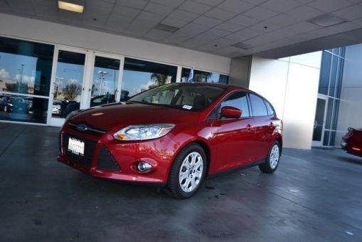 ?????????2012 Ford Focus 5dr HB SE