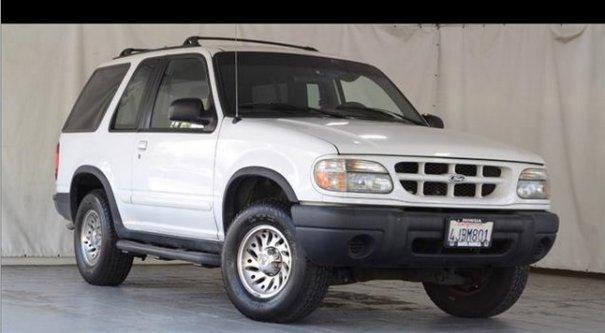 1999 Ford Explorer SUV