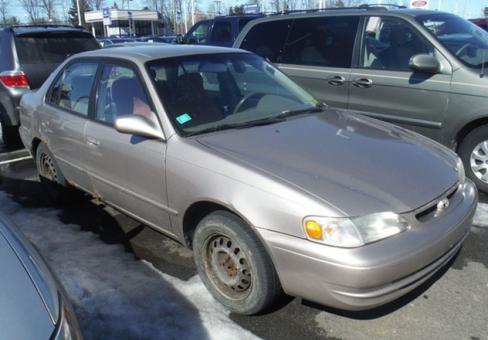 1998 Toyota Corolla 4dr Sedan