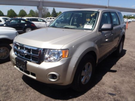 2012 Ford ESCAPE 2WD