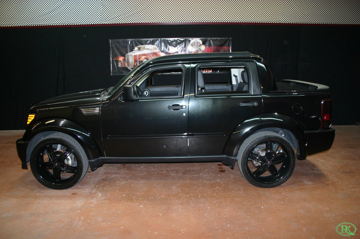 2008 dodge nitro custom. Black Bedroom Furniture Sets. Home Design Ideas