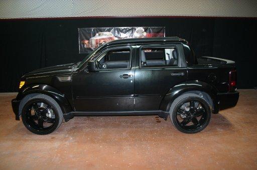 2008 Dodge Nitro Custom