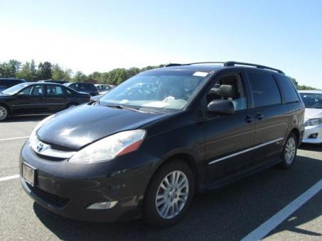 2008 Toyota SIENNA FWD