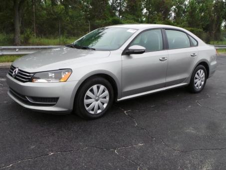 2012 Volkswagen PASSAT 5C S