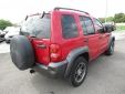 2003 Jeep LIBERTY image-4
