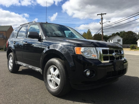 2010 Ford ESCAPE XLT*