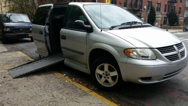 2007 Dodge Grand Caravan Mobility Wheelchair Handicap Van