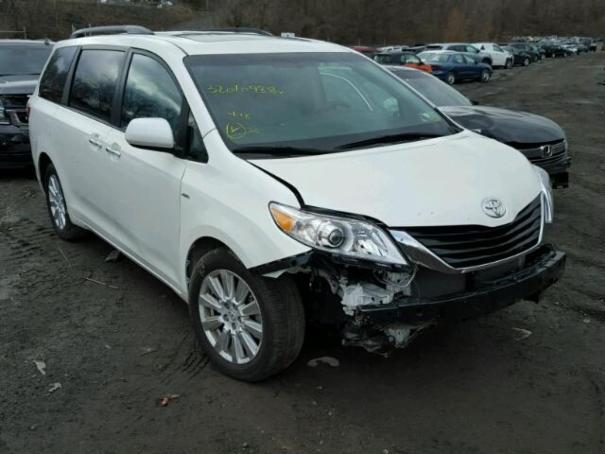 2017 ''TOYOTA SIENNA XLE'' AWD 7,474 Miles Need Front end Airbags