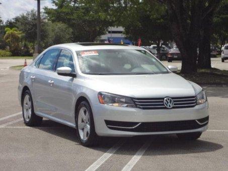 2013 Volkswagen Passat 4dr