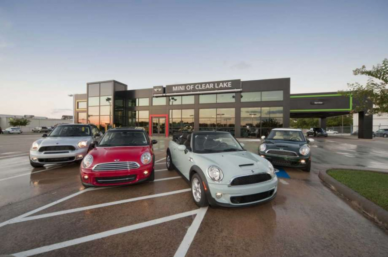 Houston Car Sales Climbed, Prices Fell in March