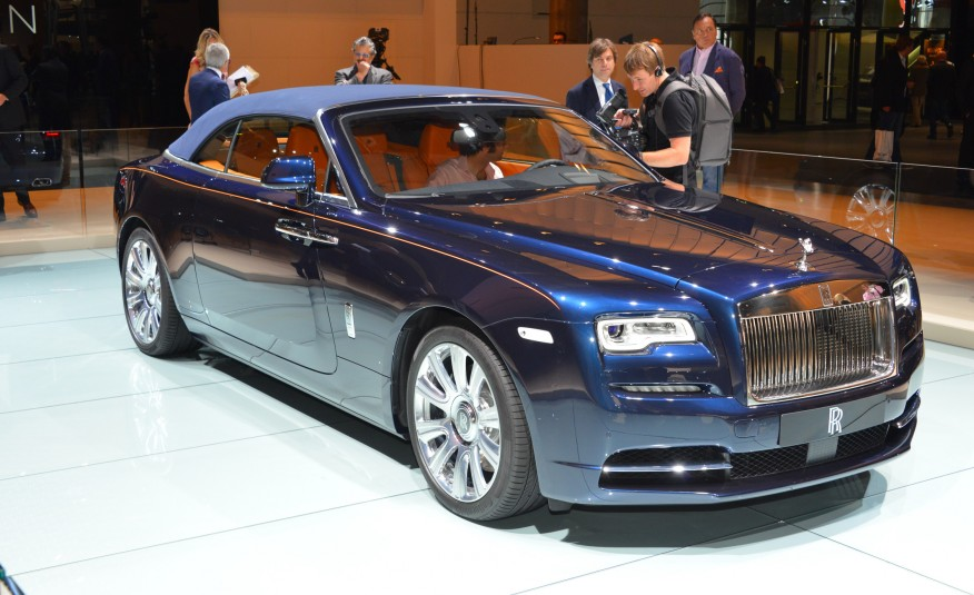 2016 Rolls-Royce Dawn convertible
