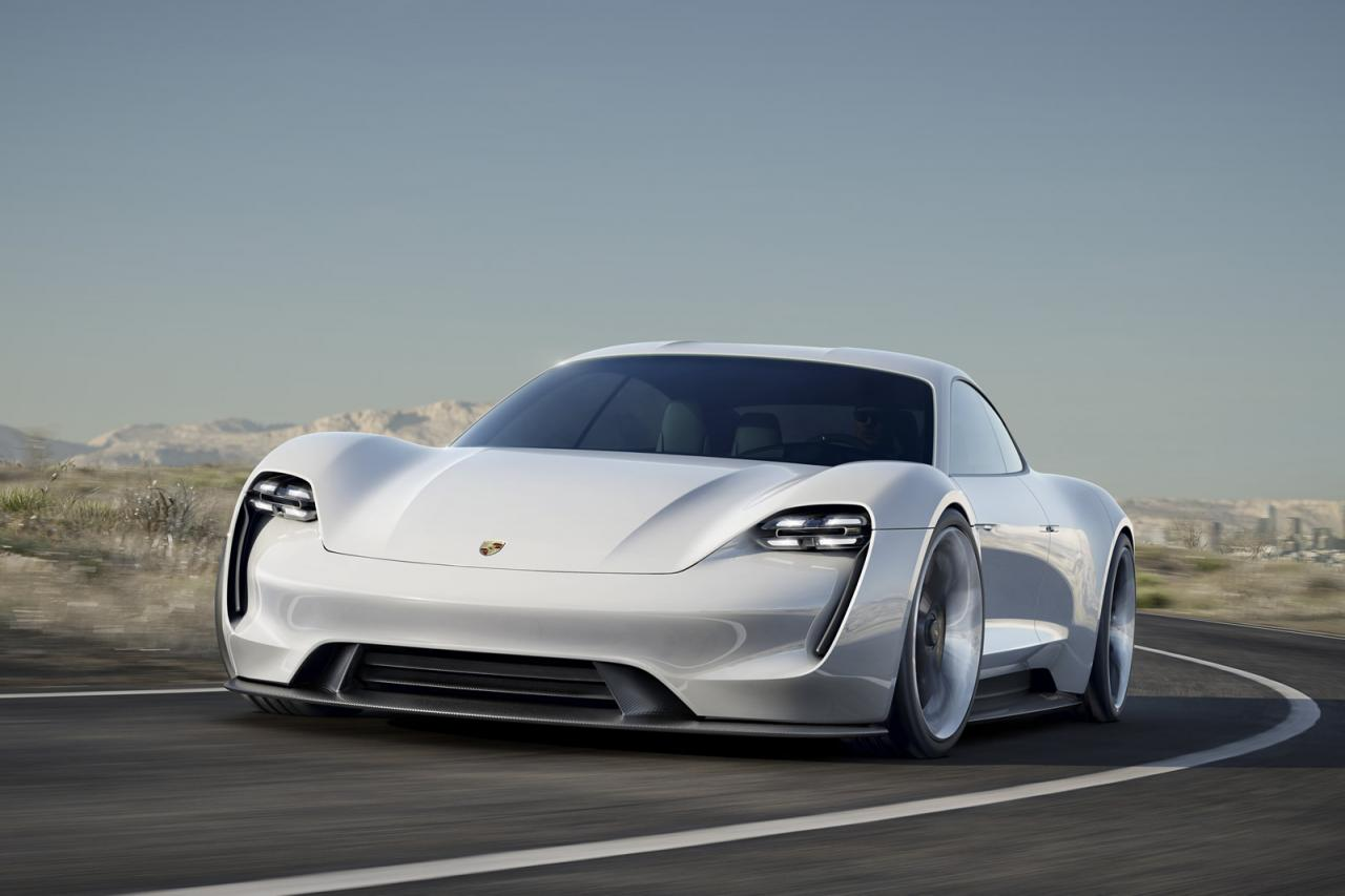 Porsche is going to sell its new hybrid model
