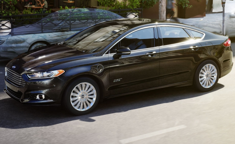 Ford recalls 450,000 Fusion, Mercury Milan for Fuel Leaks