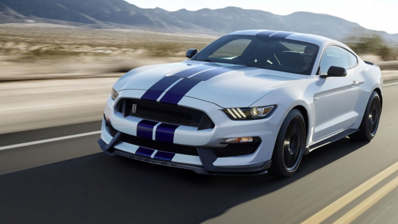 Ford recalls Shelby GT350/GT350R for faulty oil cooler