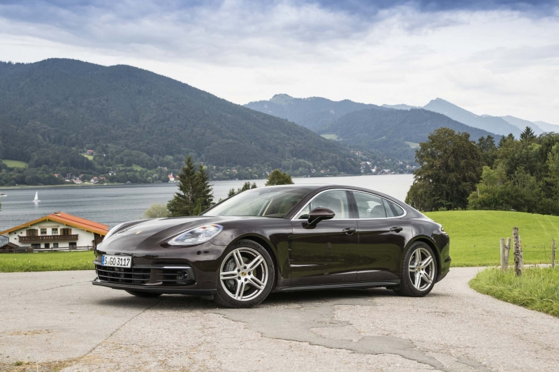 Porsche sales up thanks to Macan deliveries