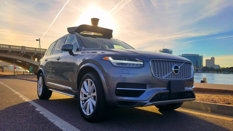 Americans trust tech companies more than automakers on self-driving cars