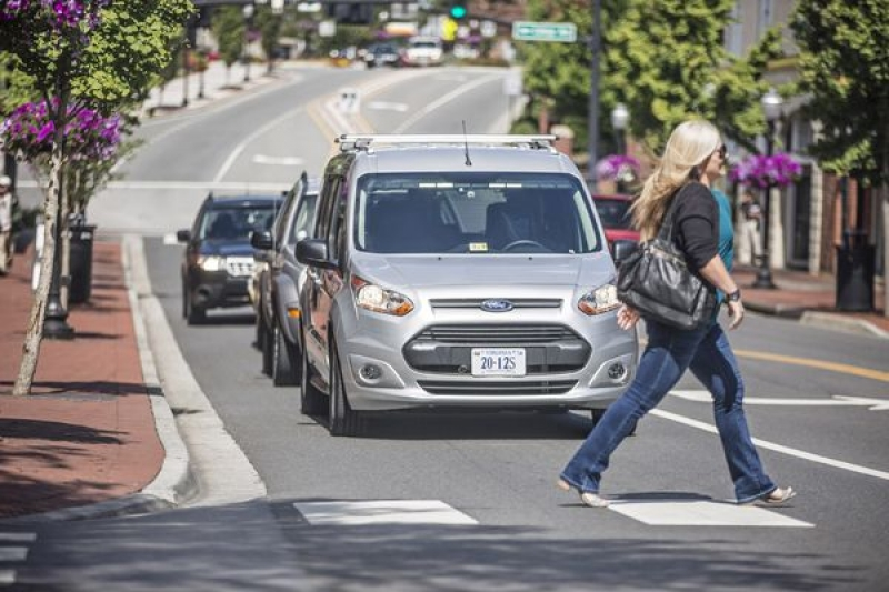 New self-driving test van talks to pedestrians using light signals