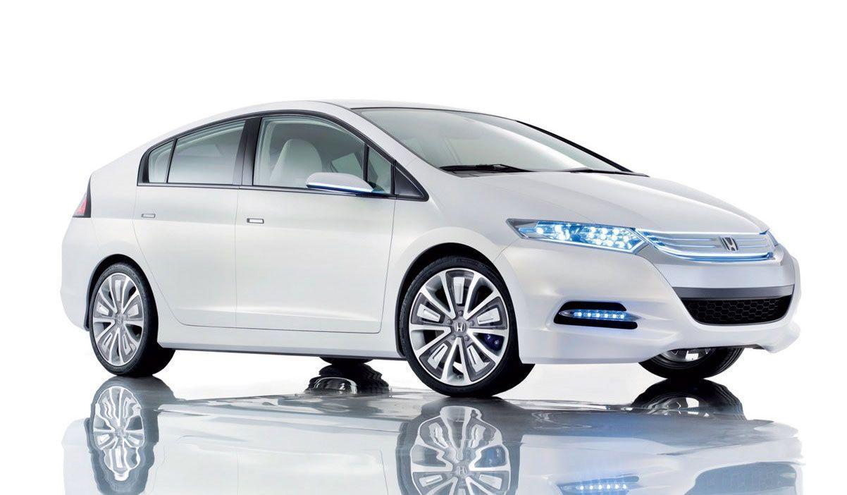 advantages of buying a hybrid car