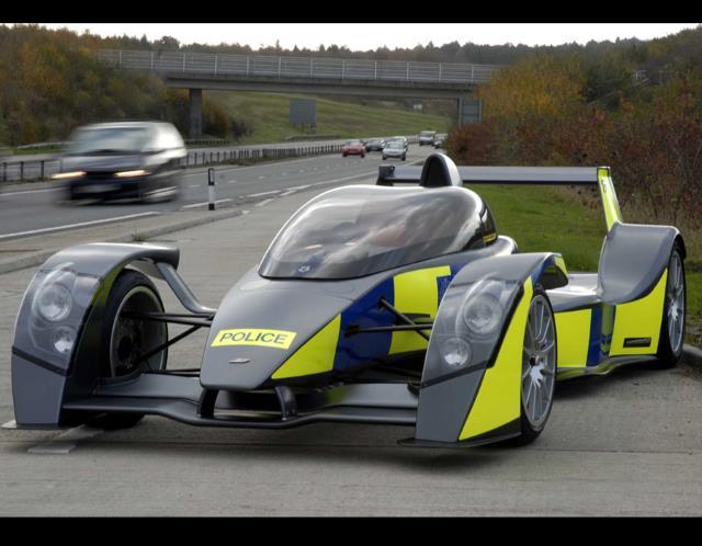 Caparo T1 RRV, Caparo police