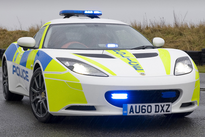 Lotus Evora, Lotus Evora police
