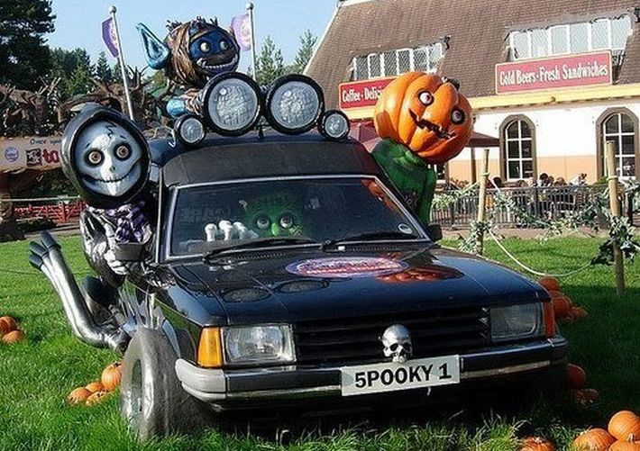 halloween car car decor scary