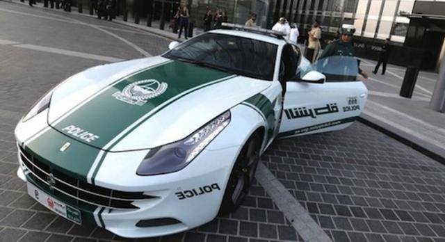 Ferrari FF - Dubai Police, Ferrari FF, Dubai Police