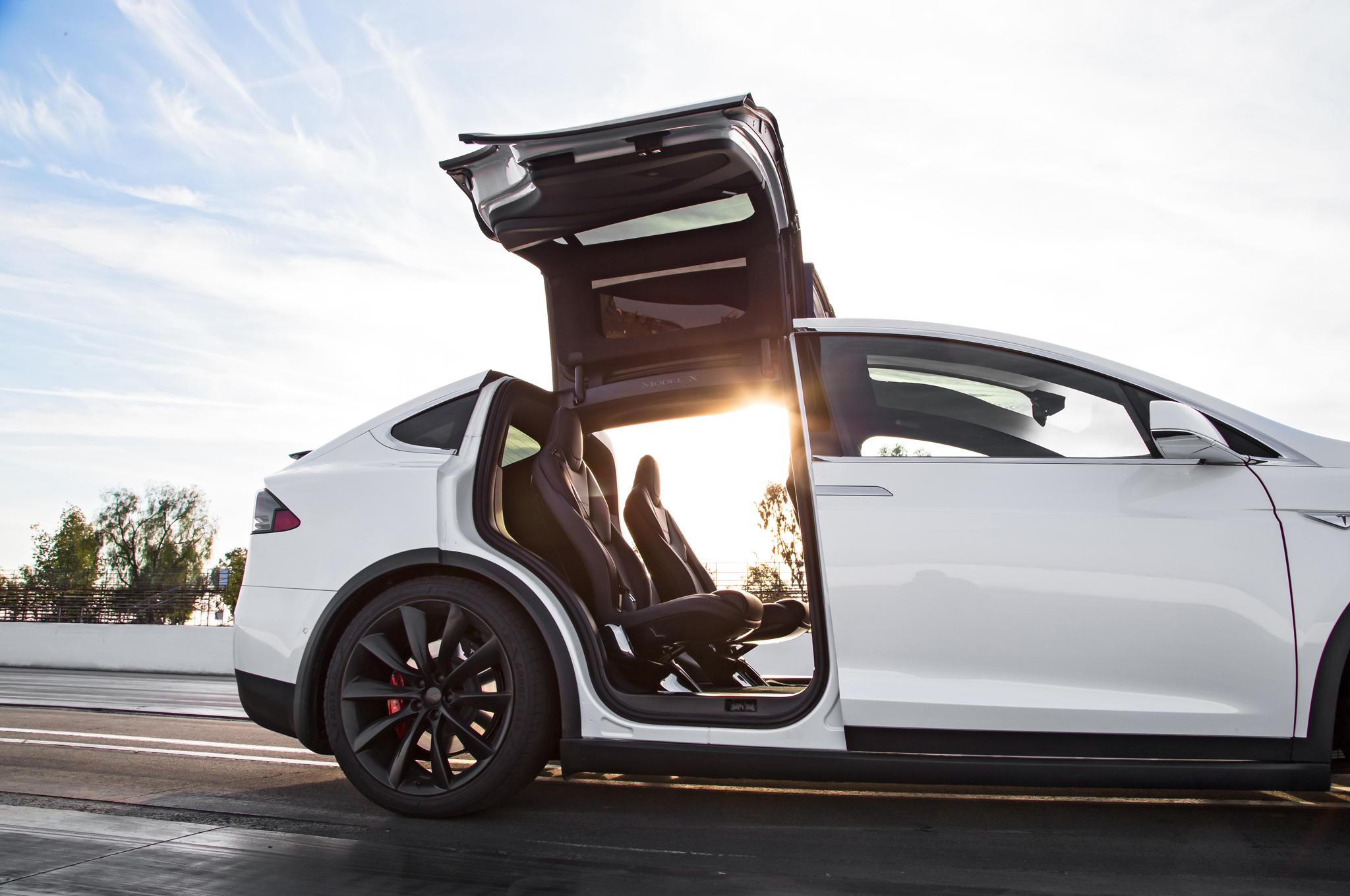 Tesla Model X Reviews - Tesla Model X Price, Photos, and ...