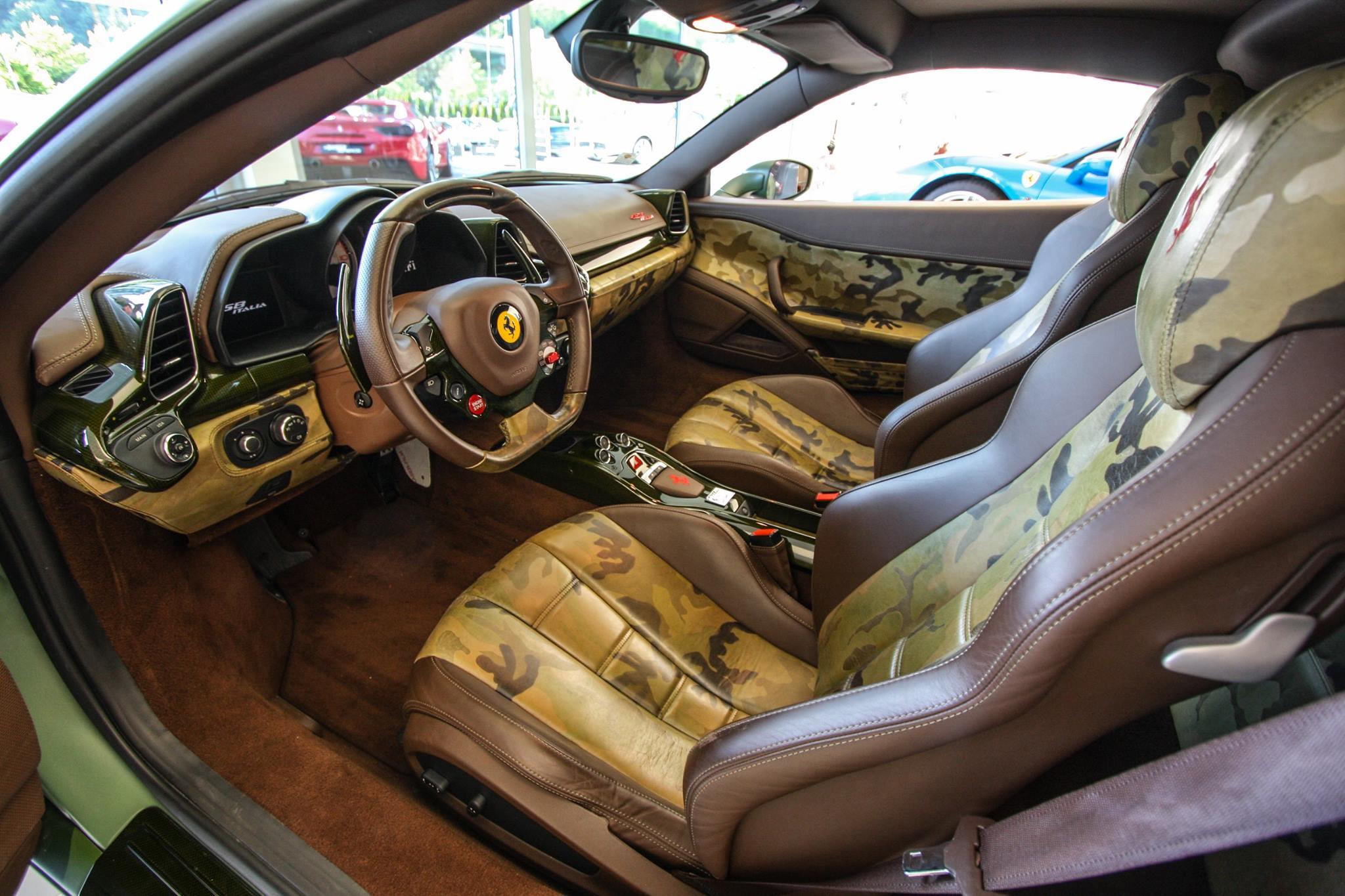 camouflage Ferrari