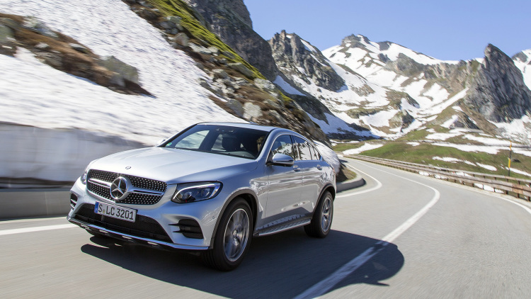 first drive review 2017 mercedes benz glc300 4matic coupe. Black Bedroom Furniture Sets. Home Design Ideas
