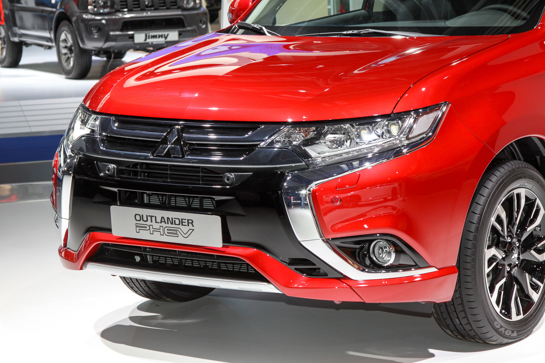 Hybrid cars are constantly being improved - New Mitsubishi