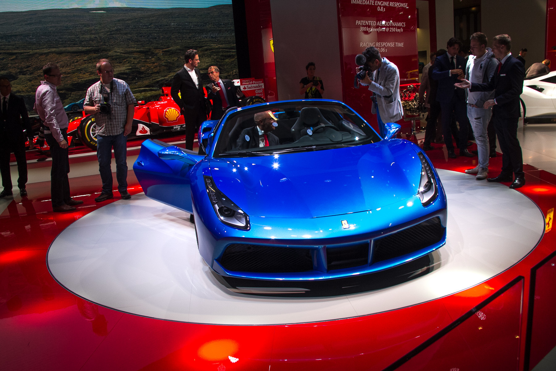 Ferrari 488 Spider - Princess of Motor Show in Frankfurt