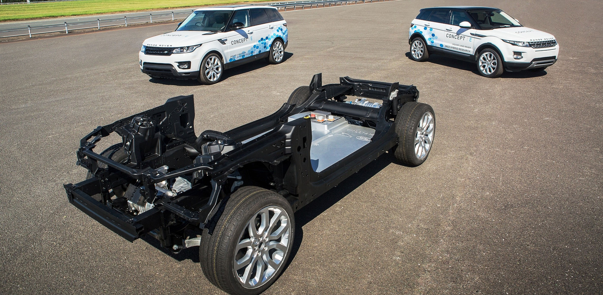Jaguar Land Rover shows the new prototype of hybrid SUV