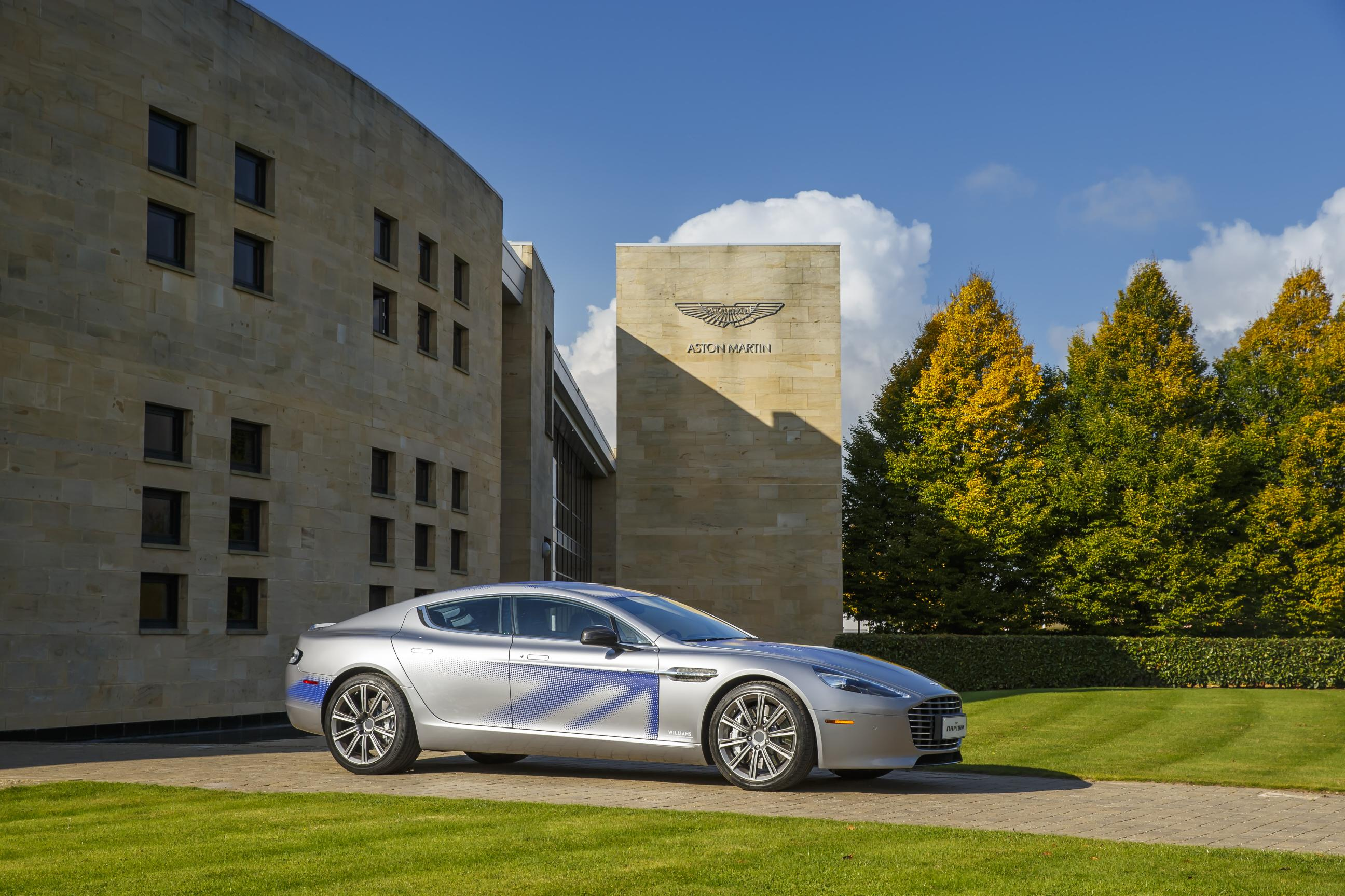 Chinese investments for the production of Aston Martin's RapidE Concept
