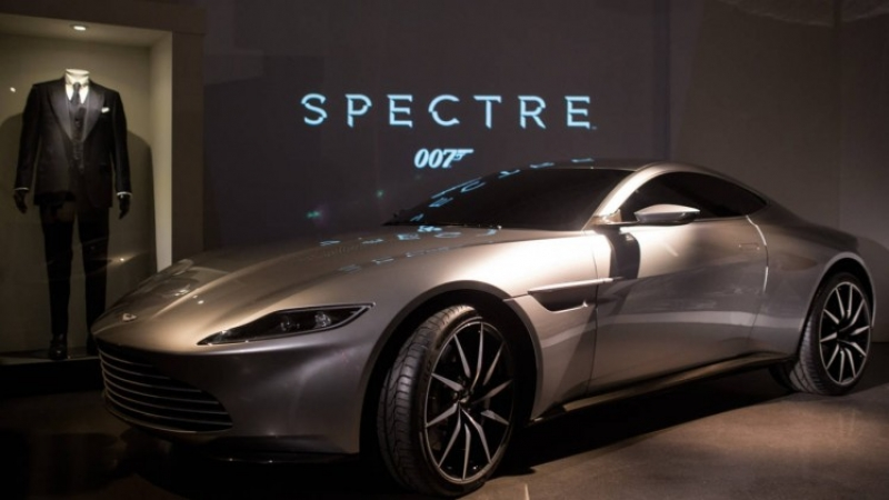 James Bond with an electric car?