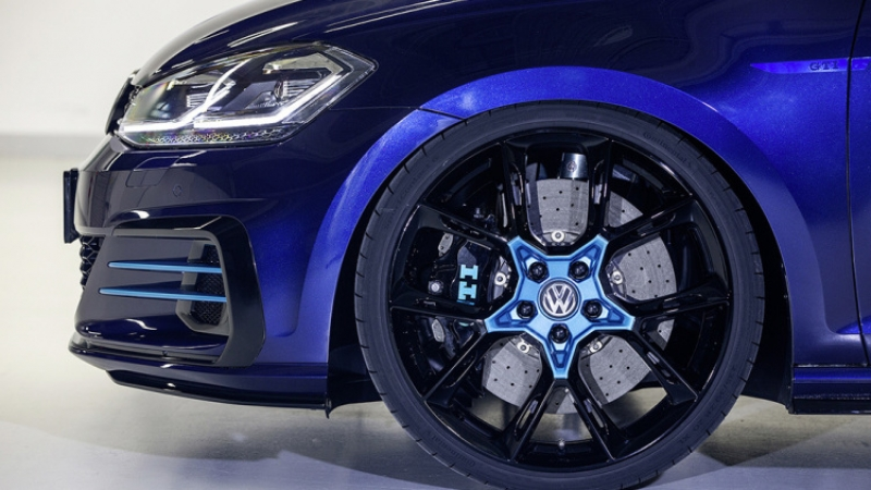 Volkswagen introduces 396bhp hybrid Golf GTI concept