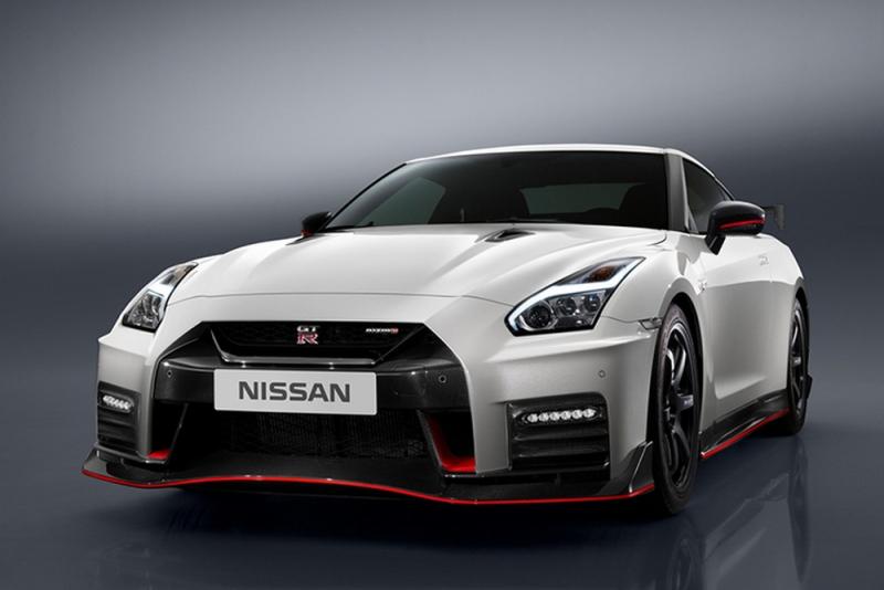 2017 Nissan GT-R Nismo U.S. debut