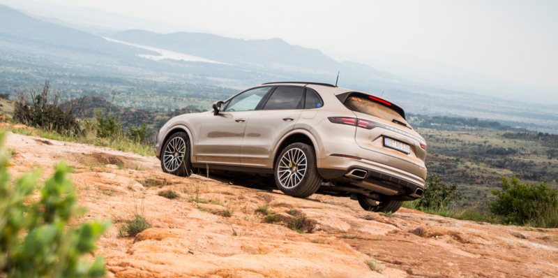 The 2019 Porsche Cayenne E-Hybrid Revealed