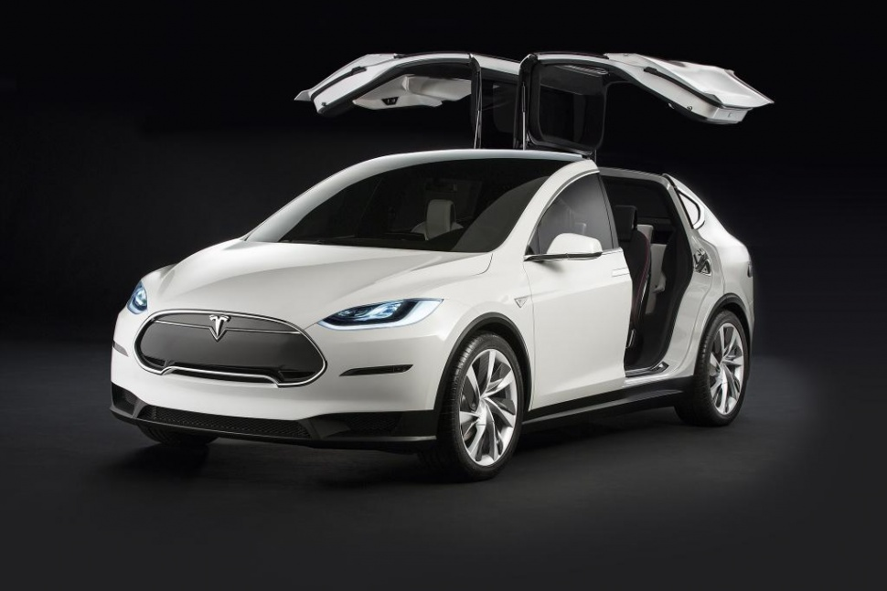 Tesla's Model X crossover's gullwing doors