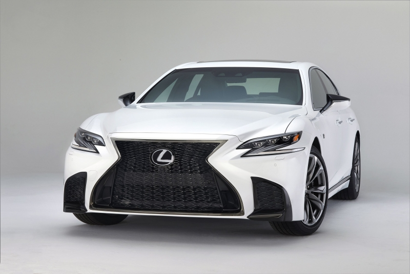 Lexus LS 500 F SPORT paired with a 10-speed automatic transmission
