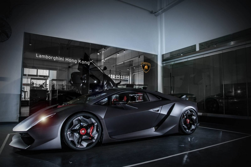 The first Lamborghini Sesto Elemento delivered in Hong Kong