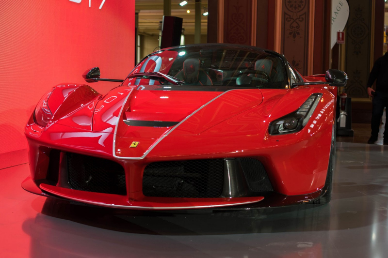 Ferrari Won't Build An EV Until 2022