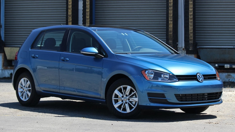 Volkswagen Golf's facelift coming this March