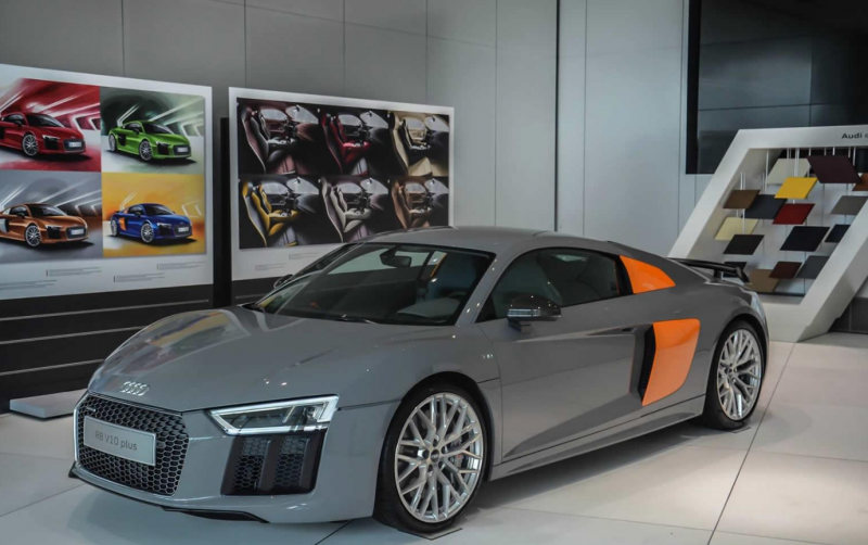 Audi R8 Exclusive Edition receives special beam headlights
