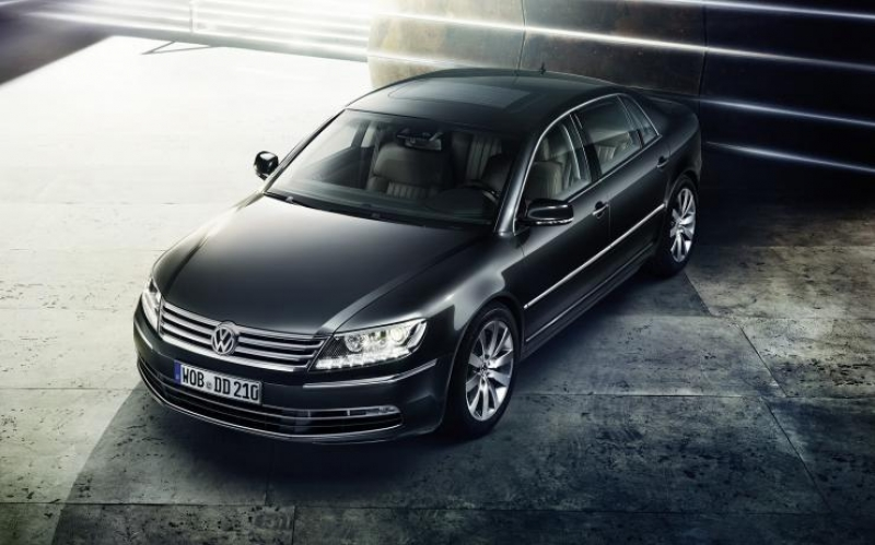 Volkswagen turns to electric cars and works on an all electric Phaeton