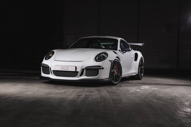 See what's the effect of the Techart treatment on a stunning white Porsche 911 GT3 RS