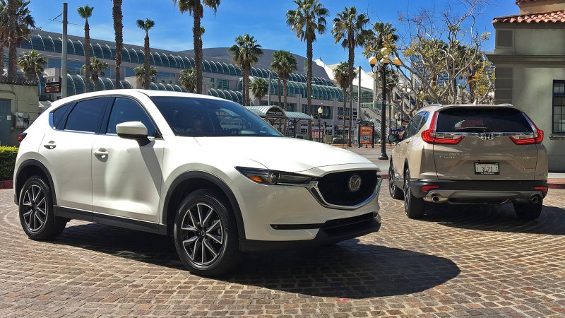 Battle of the Giants: 2017 Mazda CX-5 vs. 2017 Honda CR-V