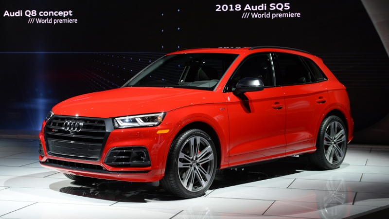 The 2018 Audi SQ5 looks mean at the Detroit Auto Show
