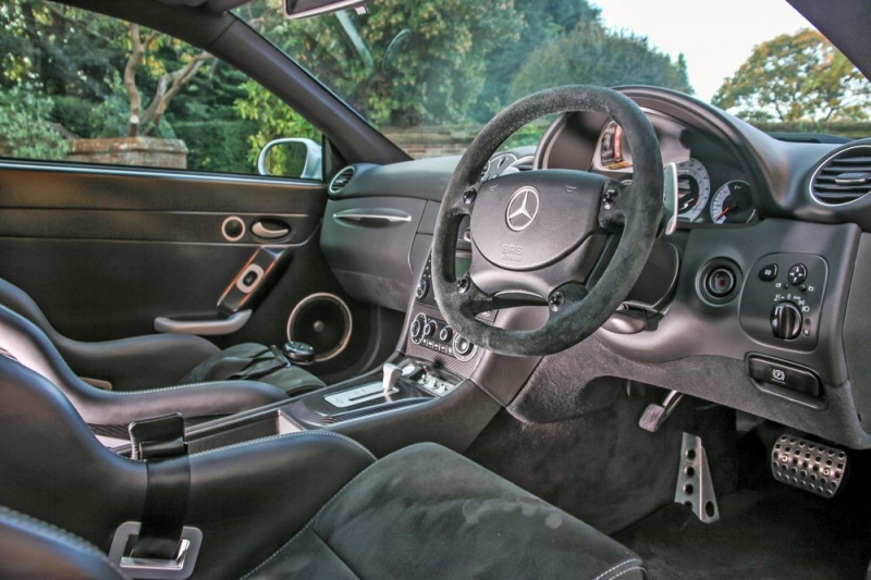 Car lovers are fighting over this special-edition Mercedes CLK